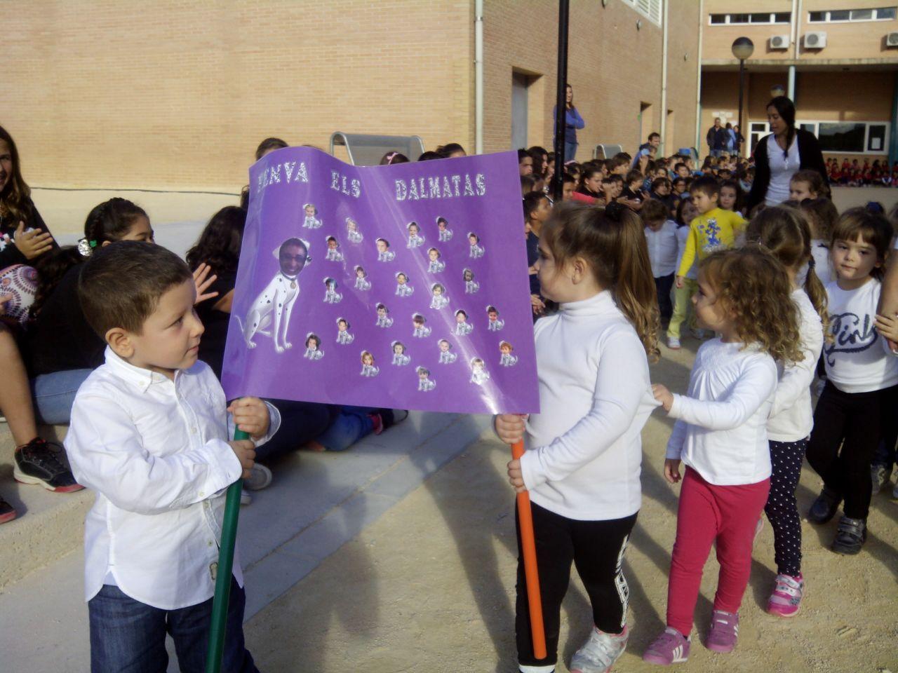 LA PENYA ELS DÁLMATAS US DESITGEN BONES FESTES PATRONALS !!! | LOS ...